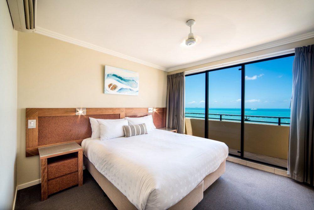 apartment-15-pinnacles-airlie-beach-19