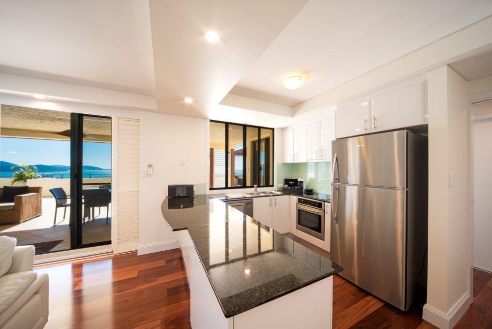 apartment-15-pinnacles-airlie-beach-3
