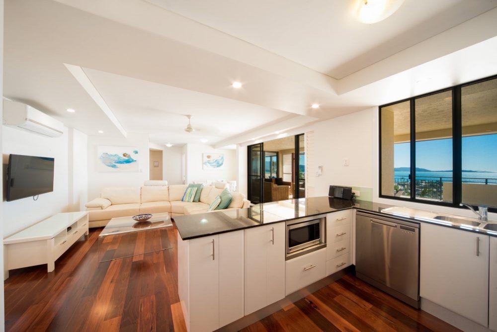apartment-15-pinnacles-airlie-beach-4