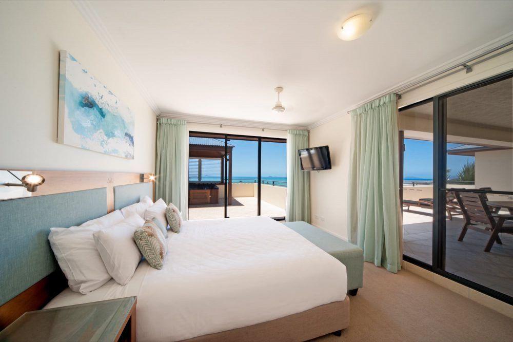 apartment-16-pinnacles-airlie-beach-23