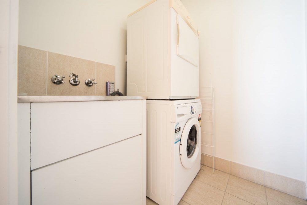 apartment-2-pinnacles-airlie-beach-1