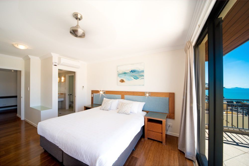 apartment-26-pinnacles-airlie-beach-10