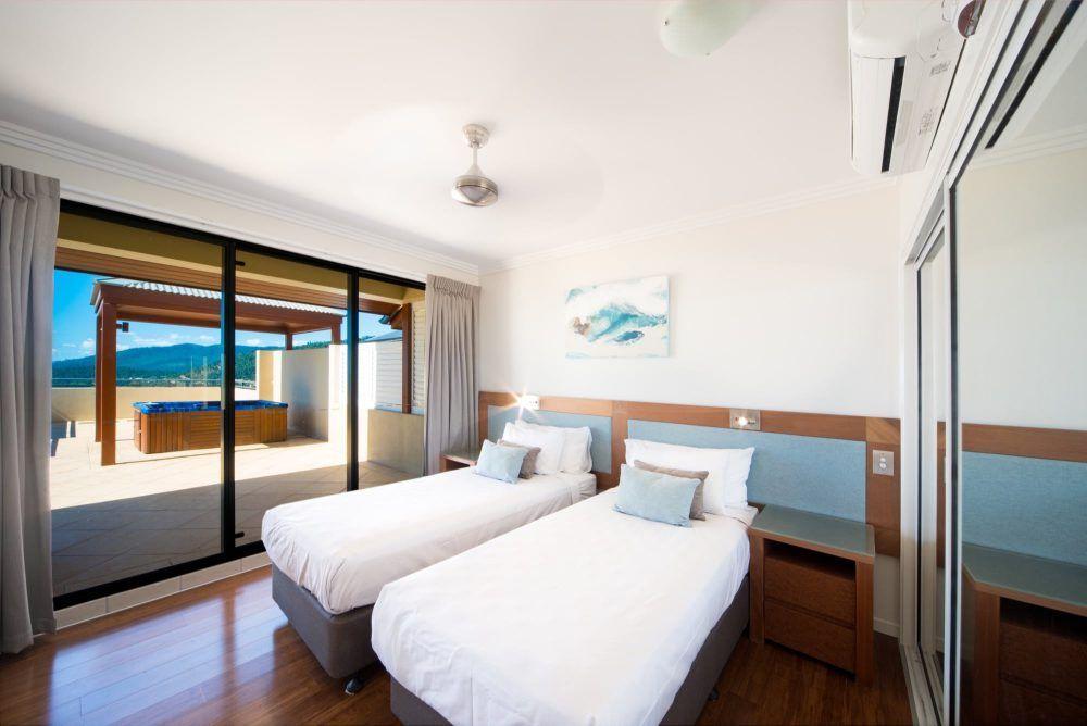 apartment-26-pinnacles-airlie-beach-19