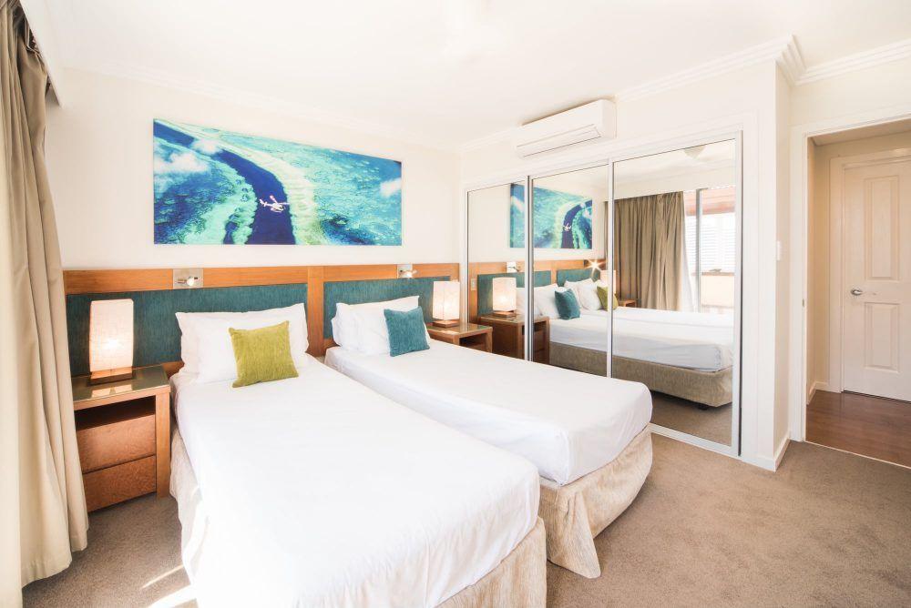 apartment-29-pinnacles-airlie-beach-9