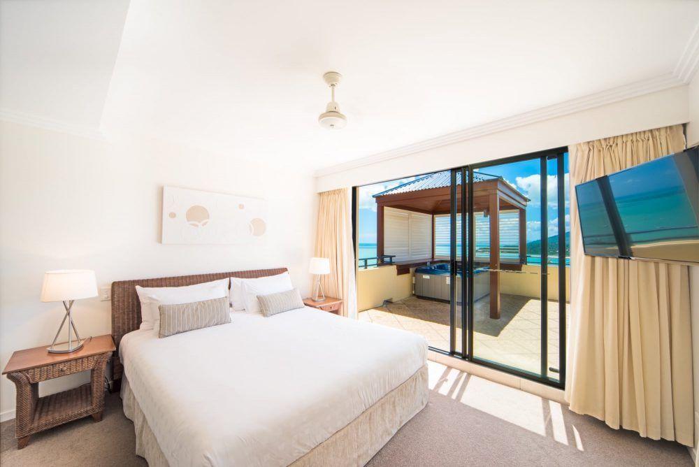 apartment-30-pinnacles-airlie-beach-6