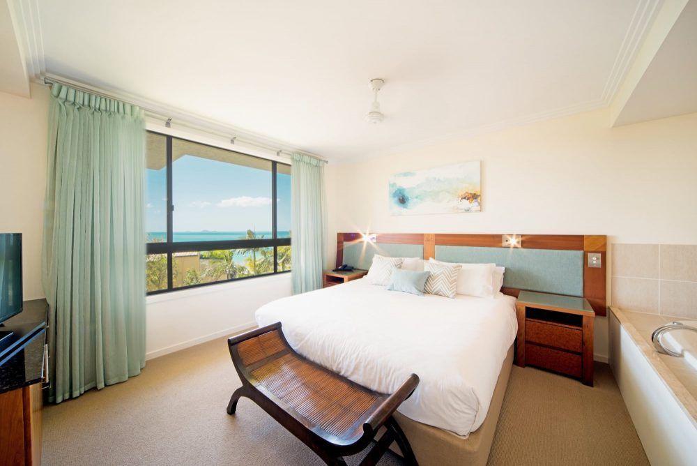 apartment-8-pinnacles-airlie-beach-4