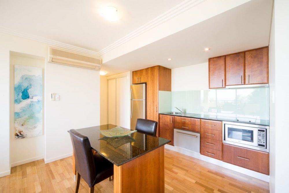 apartment-8-pinnacles-airlie-beach-5